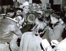 Joe Campbell Personal Appearance at a Federal Market Grocery in December 1954